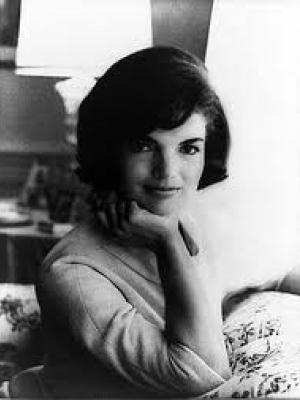 Jackie Kennedy, une femme de style (VF)
